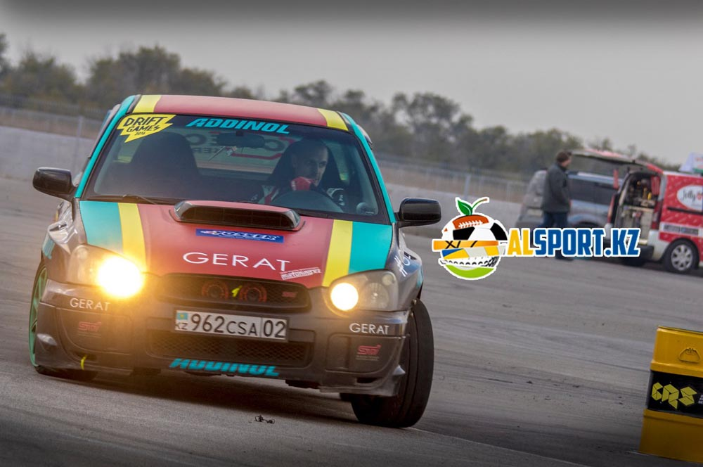 Николай Лялин и Андрей Леонов стали победителями Gymkhana Racing Series-2016