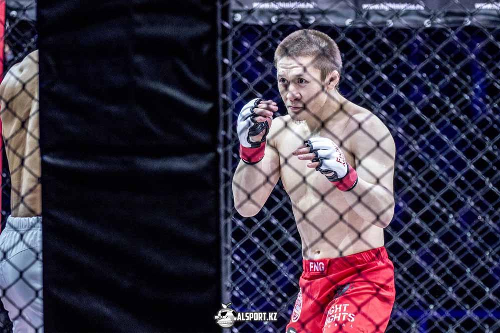 Жалгас Жумагулов проиграл дебют ный бой в UFC