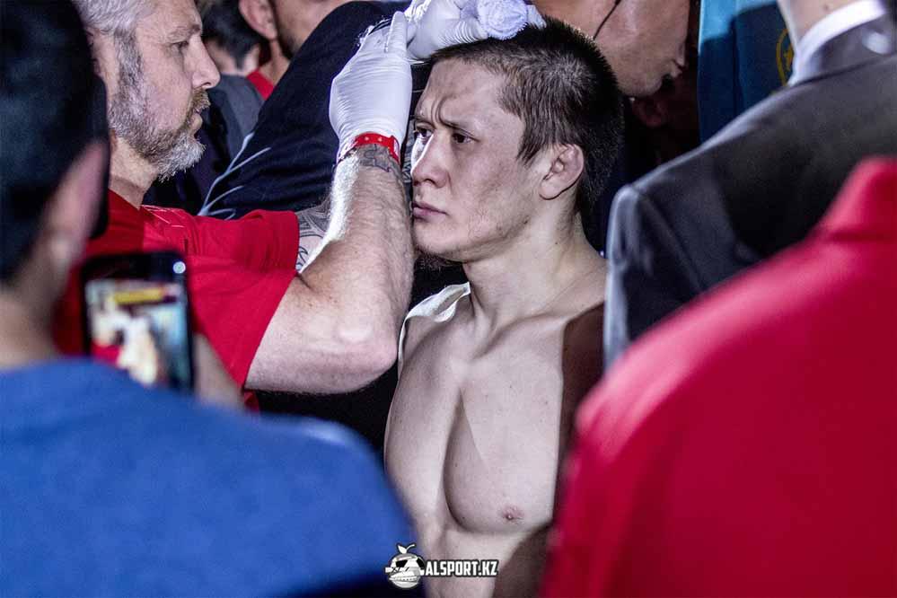 Жако Жумагулов подписал контракт с UFC