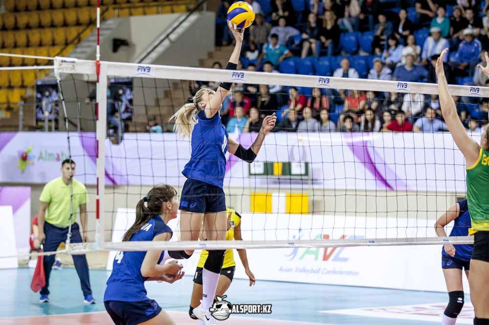 Казахстанские волейболистки уступили Колумбии на Мировом Гран-при в Алматы