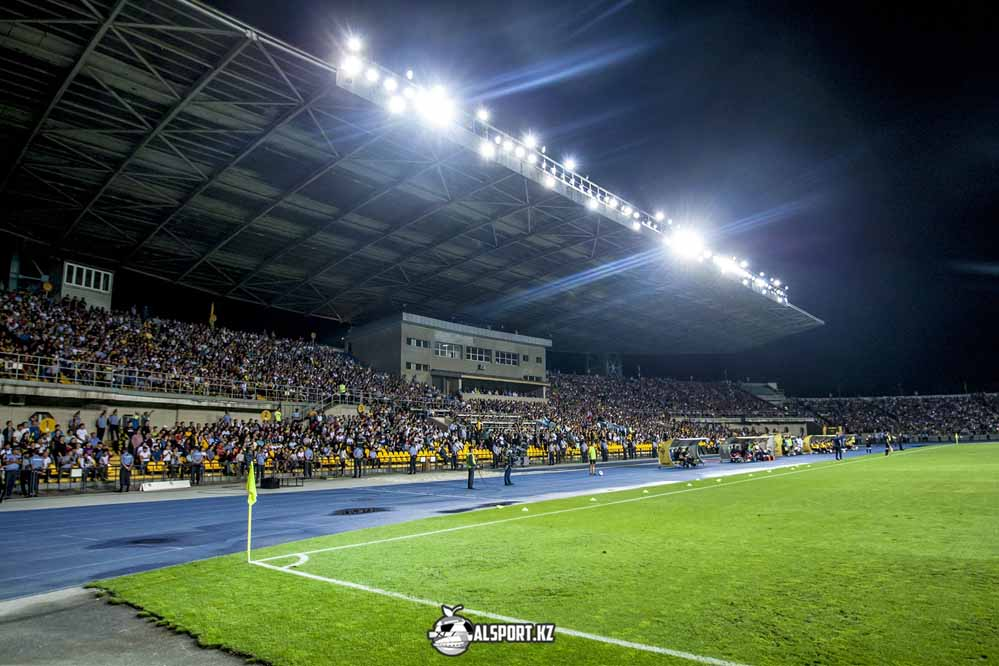 Новый стадион для футбола и легкой атлетики