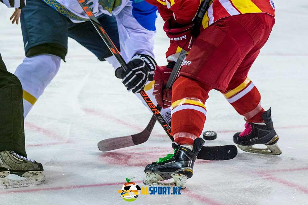 Новая бесплатная хоккейная площадка в Алматы