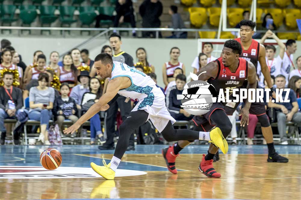 Казахстанские баскетболисты уступили японцам в Алматы