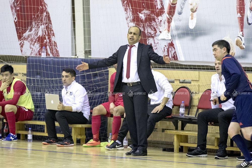 Тренер Кайрата возмутился лицемерием футбольных чиновников