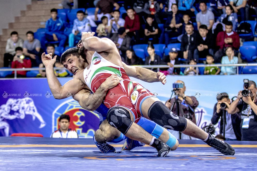 В Алматы состоялся международный турнир по греко-римской борьбе
