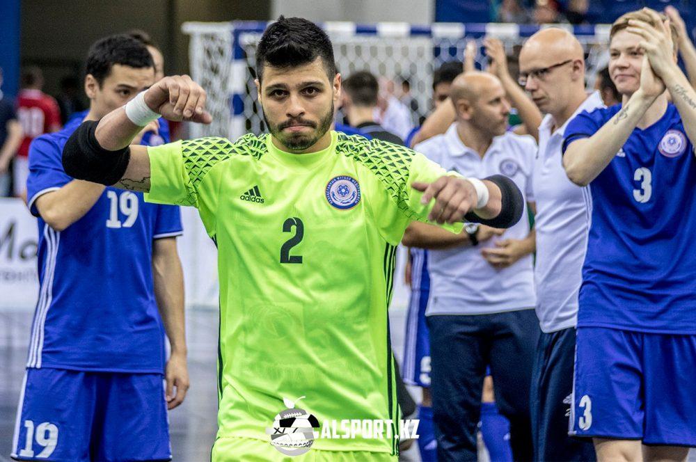 Казахстанские футзалисты разгромили датчан